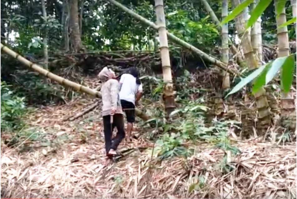berburu klanceng di hutan